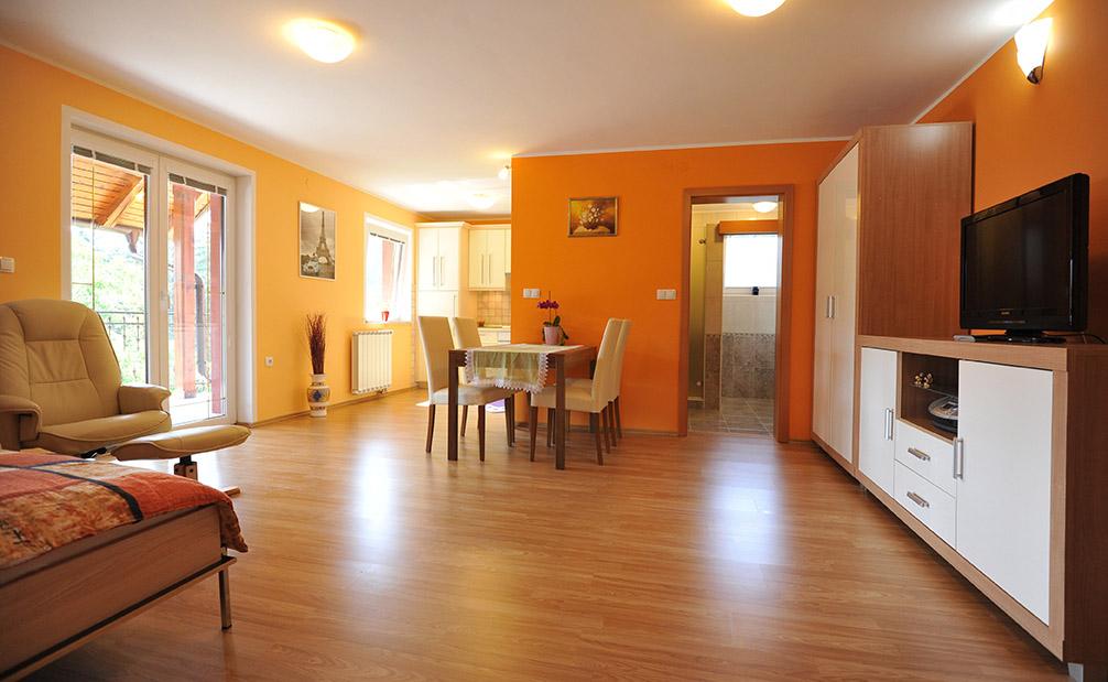 Apartma 2 Hiša Anja